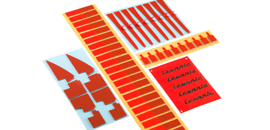 fustier cintas adhesivas de doble cara troqueladas sistemas para facilitar la retirada de liners protectores