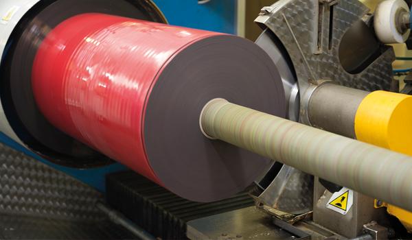 fustier tecnologias troquelados autoadhesivos máquina de corte